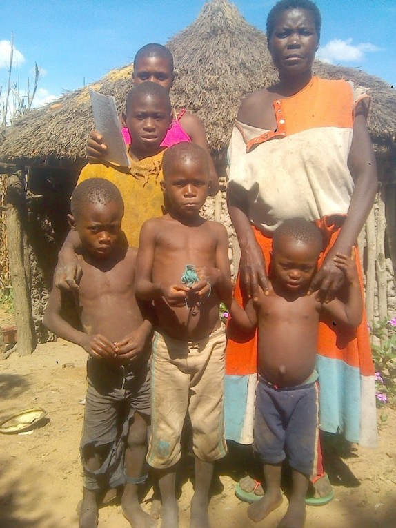 0 HalleluYah Scriptures Pictures of orphans and their care-taker in Namibia 11