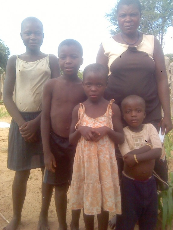 0 HalleluYah Scriptures Pictures of orphans and their care-taker in Namibia 4
