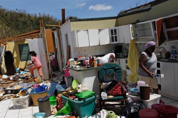 puerto-rico-hurricane-maria-sg-1029_8dc74964e7f17348e6566bb97e19e78d.nbcnews-ux-2880-1000